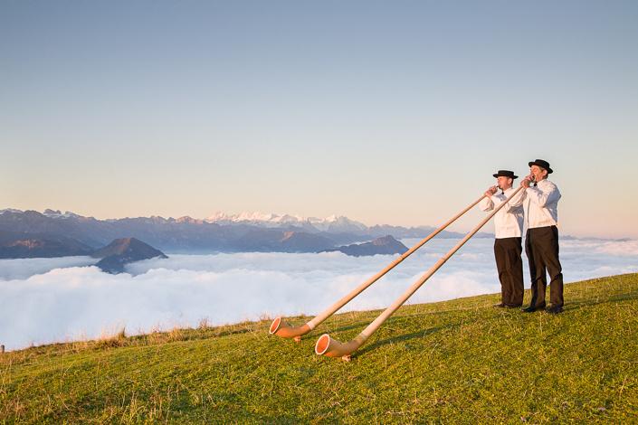 Cor des Alpes au sommet du Rigi. Suisse