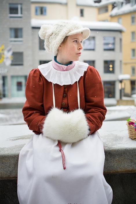 Chalandamarz, fête de la fin du mois de mars, pour chasser l'hiver et célébrer l'arriver du printemps. St-Moritz, Suisse